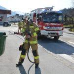 28-03-2020: Brand im Freien: Brennt Mülleimer